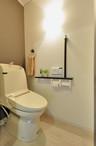 トイレも和風モダンスタイルに。