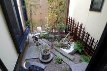 坪庭の再生