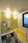 浴室と洗面所も設備を一新。