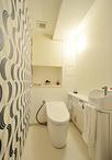 トイレはTOTO ネオレストを採用。タンクレスでスタイリッシュな印象に。超節...