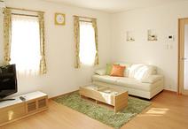 フローリングはショコラちゃんが滑りにくく、お掃除もしやすい床材(シストS+ワン...
