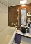 浴室はTOTOのユニットバス、マンションリモデルバスルーム。W断熱構造のほっカラ...