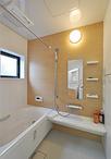 ユニットバスはお掃除がしやすく、デザインも美しいLIXIL(キレイユ)。浴室暖房...