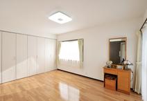 リフォーム費用(寝室のみ):95万円