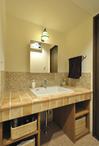 ホテルのような洗面所で毎日を楽しく