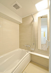 お風呂はシンプルで使いやすいTOTO/マンションリモデルWFシリーズに。→リフォー...