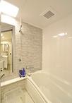 タイル貼りのお風呂からお手入れが簡単なユニットバス(TOTO/マンションリモデル...