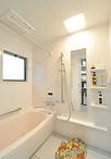 お風呂はユニットバス(TOTO/マンションリモデルWFシリーズ Tタイプ14×18サイズ...