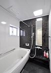 在来工法のお風呂からユニットバス(TOTO/サザナ1616サイズ)へ。スペースも広く...