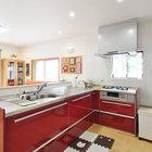 孫とお料理を楽しむための広々L型キッチン ポイントは交差しない導線設計