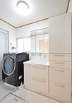 洗面化粧台は、リネンや着替えなどがたくさん収納できるTOTO/オクターブ(化粧台7...