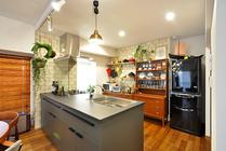 北欧ヴィンテージ家具が合う空間へとリノベーション