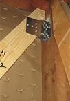 金物補強、壁補強、筋交い設置などを行い必要な耐震性能を確保。不安も解消され安...
