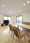 リビングは内窓(LIXIL/インプラス)を取付け、冷暖房の効率アップ!床暖房も設置...