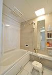 浴室は人気のTOTO/マンションリモデル(1316サイズ)に取り替え。洗面脱衣室だっ...