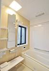 以前は1620サイズと広かったものの、窓が大きく寒かった浴室。1317サイズにサイズ...
