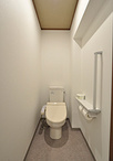 トイレはキッチン同様、間取り変更に合わせて再利用。空間はサイズダウンしました...