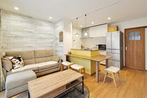 便利なキッチンカウンターテーブル Ⅱ型キッチンで収納力と作業効率もアップ