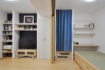 柔軟に使い分けできる畳小上がり付きのLDK 成長に合わせて子ども部屋も用意
