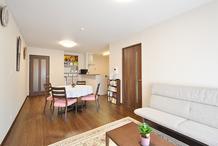 戸建住宅からマンションへの住み替え 中古物件をリフォームで新築のような仕上がりに